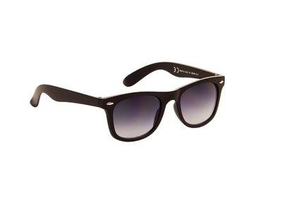 Gepolariseerde zonnebril | Mat zwart met grijze glazen | 140 MM