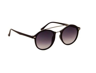 Gepolariseerde zonnebril | Zwart met donkergrijze glazen | 137 MM
